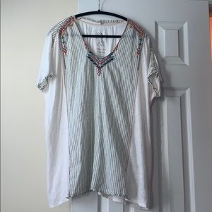Johnny Was Tops - Johnny Was white embroidery linen tunic, size L